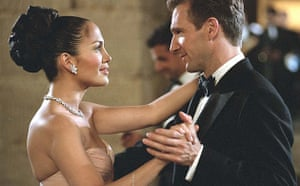 Jennifer Lopez and Ralph Fiennes in Maid in Manhattan (2002), story by John Hughes