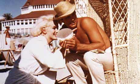 Marilyn Monroe and Tony Curtis on the set of Some Like It Hot