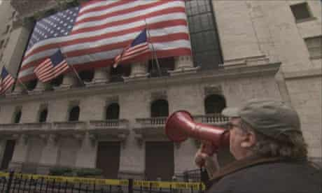 Michael moore in Capitalism: A Love Story (2009)