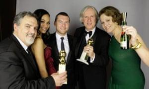 Golden Globes 2010: Team Avatar celebrate
