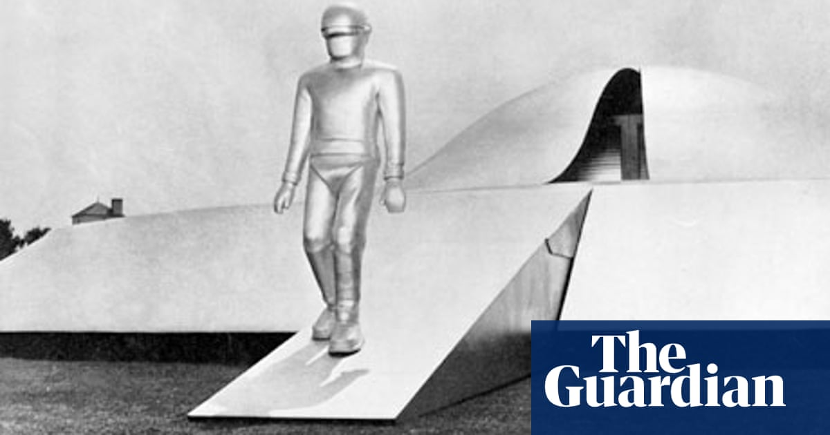 The Day The Earth Stood Still No 20 Best Sci Fi And Fantasy Film Of All Time Science Fiction And Fantasy Films The Guardian