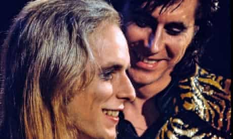 Brian Eno and Bryan Ferry in 1972