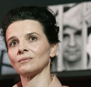 Cannes film festival day8: Juliette Binoche at a Cannes press conference on Jafar Panahi's detention