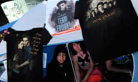 The Twilight Saga: Eclipse fans camp out ahead of the LA premiere