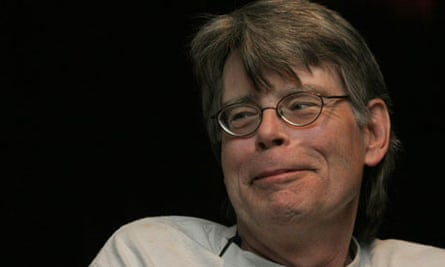 Stephen King discussing Dark Tower at Comic Con in 2007