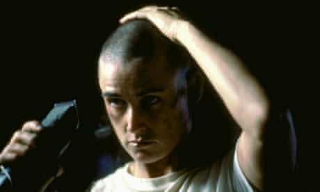 Short haircuts - Demi Moore in GI Jane