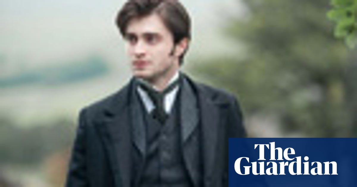 Does Daniel Radcliffe's The Woman in Black give you the shivers