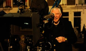 Terence Davies on the set of The Deep Blue Sea