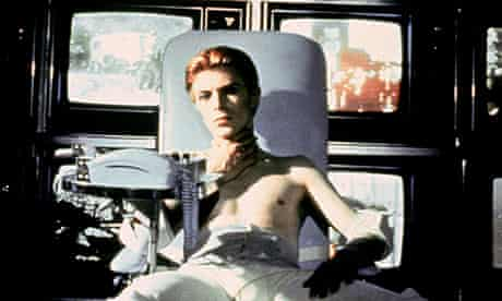1976, THE MAN WHO FELL TO EARTH