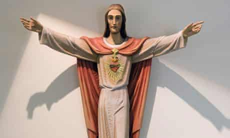 Jesus Christ statue on wall