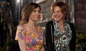 Kristen Wiig and Annette Bening in Girl Most Likely.
