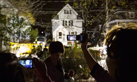Neighbours photograph boat where Dzhokhar Tsarnaev hid