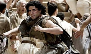 Oscar Isaac in Agora