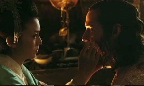 Keanu Reeves in the 47 Ronin trailer: swords, dragons
