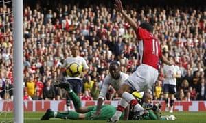 Robin Van Persie, Arsenal v Tottenham