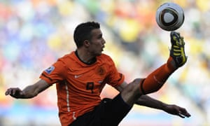 Arsenal striker Robin van Persie has been included in the Holland squad despite an injury