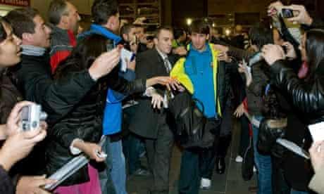 Barcelona's Lionel Messi arrives at Zaragoza train station