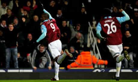 West Ham's Carlton Cole celebrates his first-leg winner with Zavon Hines