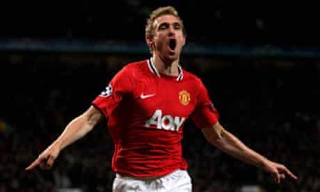 The Manchester United midfielder Darren Fletcher