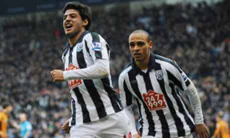 Carlos Vela celebrates his equaliser for West Brom with Peter Odemwingie