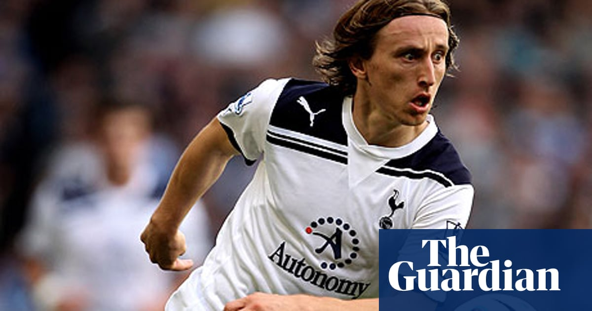 outlet store 8a6bd fe5d6 Tottenham to reject improved offer from Chelsea for Luka ...