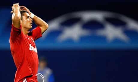 Cristiano Ronaldo I M Booed Because I M Rich Handsome And Brilliant Football The Guardian