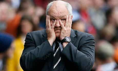Fulham's poor form has left manager Martin Jol in a precarious position