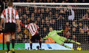 Adam Johnson scores a penalty to complete his hat-trick in Sunderland's 4-1 win at Fulham