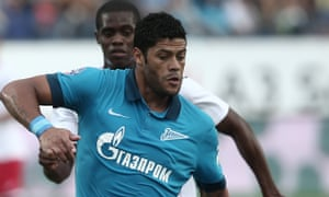 Russian football championship: Zenit St Petetrsburg vs. Amkar Perm