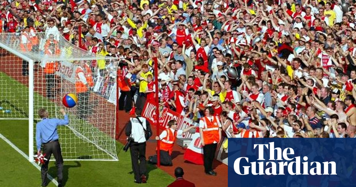 Arsenal S Invincible Season Arsene Wenger S Inside Story Arsenal The Guardian