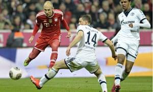 Bayern Munich's Arjen Robben scores the fourth goal in the Bundesliga match against Schalke