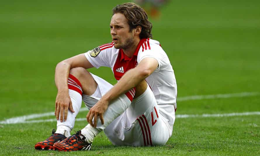 Daley Blind is wanted by Manchester United because of his versatility