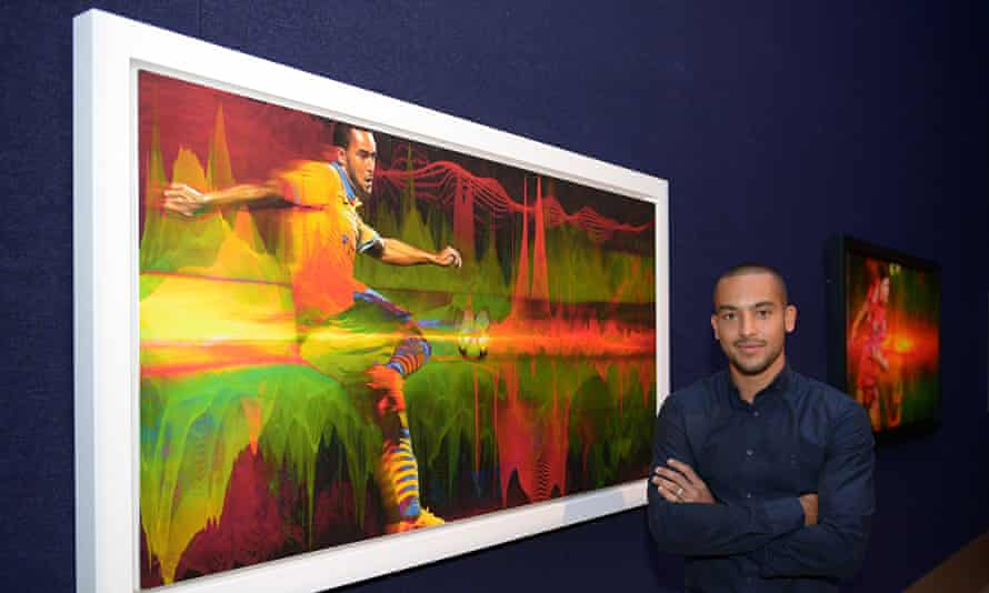 Theo Walcott, an ambassador for the charity Willow, injured a knee playing for Arsenal in January