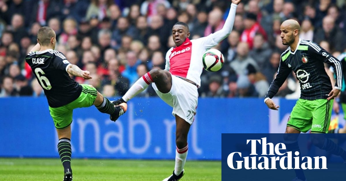 Ajax And Feyenoord Play Out Stalemate To Further Boost Leaders Psv Eredivisie The Guardian