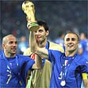 Some Italians with a nice trophy