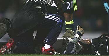 Petr Cech lies injured