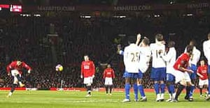 Ronaldo scores from a free-kick against Portsmouth