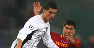 Cristiano Ronaldo and David Pizarro