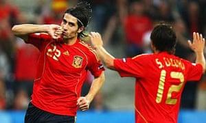 Ruben de la Red celebrates