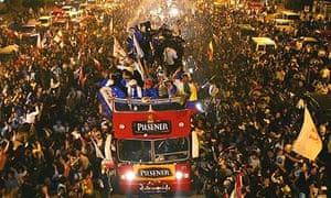 Fans cheer Copa Libertadores winners LDU