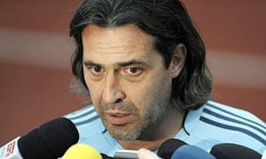 Sergio Batista talks to the media ahead of Argentina's gold medal match against Nigeria