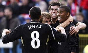 Spurs players congratulate on-loan striker Fraizer Campbell after his pressure led to a Wisla own-goal