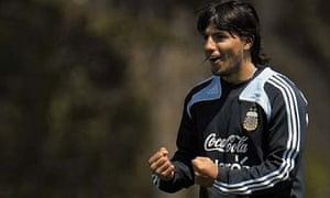 Sergio Agüero in training ahead of Argentina v Uruguay