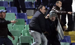 Italy fans battle with Bulgarian police in Sofia