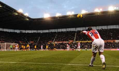 Stoke City's Rory Delap prepares to take a throw-in