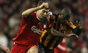 Steven Gerrard tangles with George Boateng during Liverpool's Premier League game against Hull