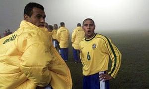 Cafu and Roberto Carlos