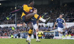 Arsenal's Emmanuel Adebayor missed a chance to put his side in the draw for the next round