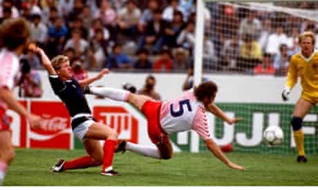 Scotland v Denmark in Mexico 86