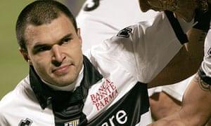Valeri Bojinov is congratulated after scoring